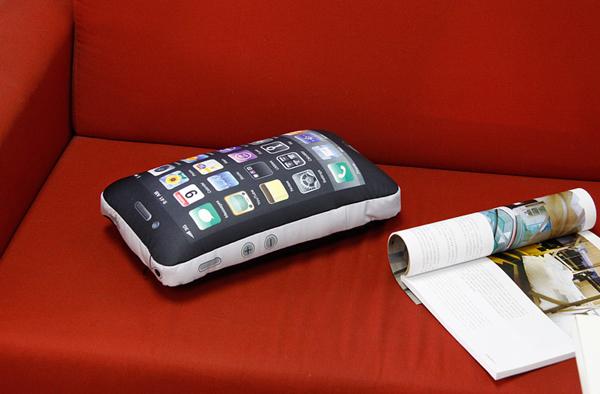 iPhone抱枕(四)