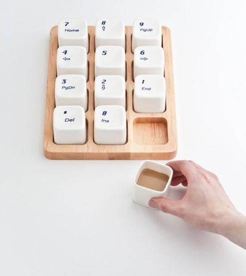 电脑键盘样式的咖啡杯
