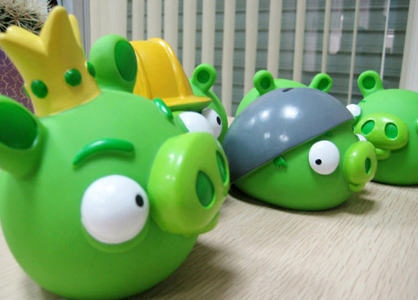 愤怒的小鸟全套公仔存钱罐之绿猪