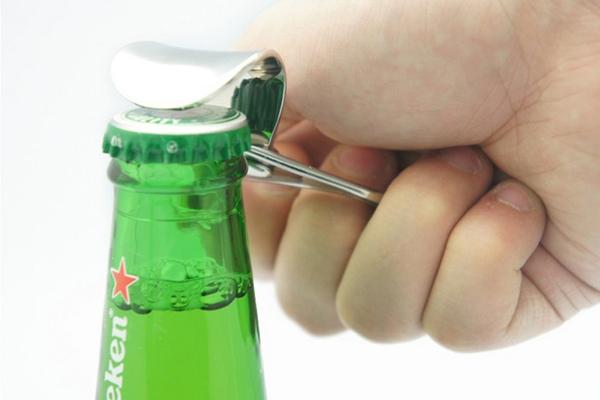 易拉环简约开瓶器应用