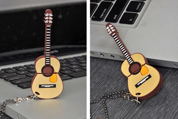 吉它样式的创意U盘(四)