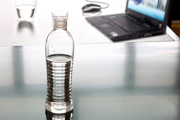 玻璃矿泉水瓶(二)