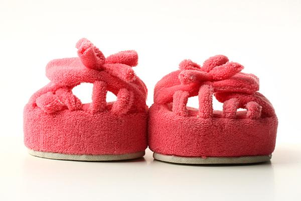 美腿瘦身功能的拖鞋(三)