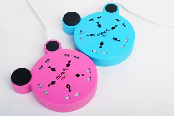 米奇情侣型创意插座蓝色与粉色