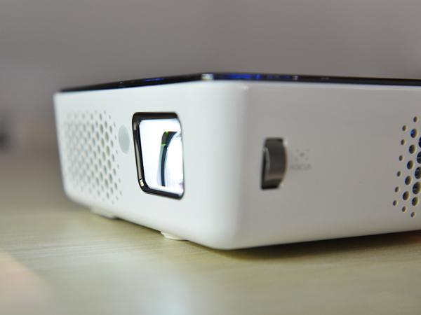 明基微型投影仪3