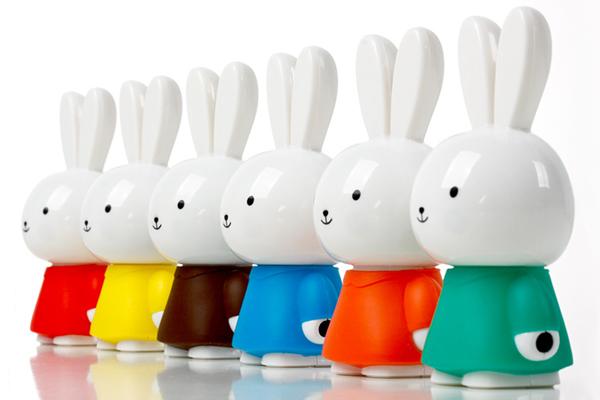 羞羞兔便携音箱各种颜色