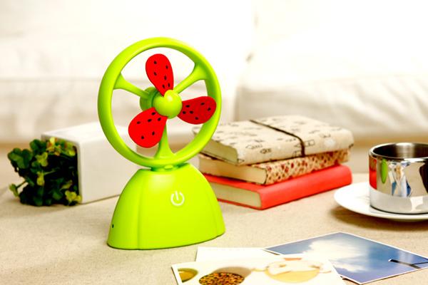 PITAYA 充电触摸式水果风扇