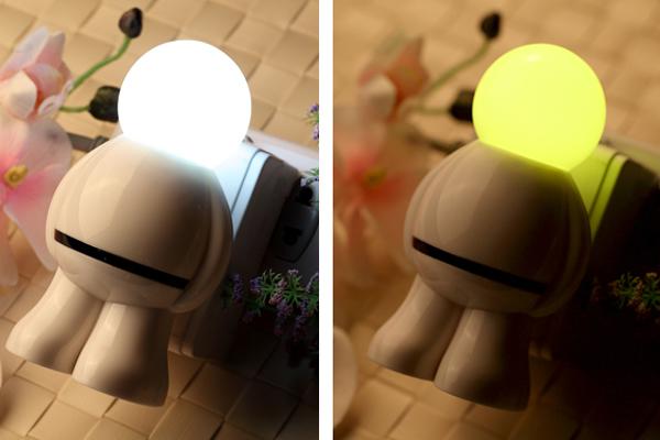 太空人感应插座灯