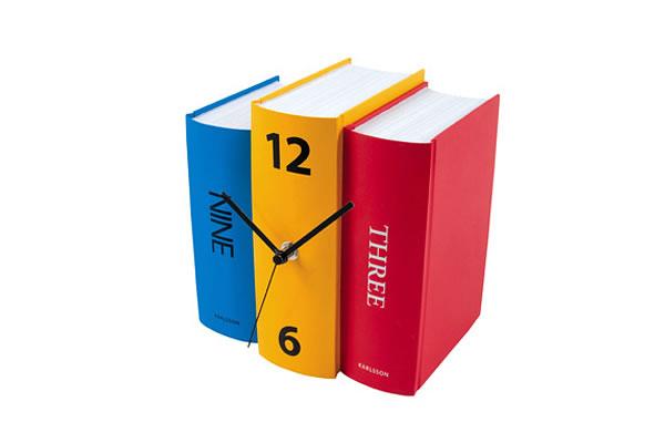 书本上的时钟
