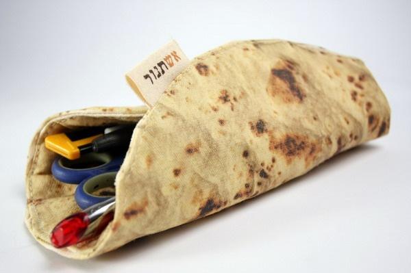让你倍感饥饿的披萨饼笔袋