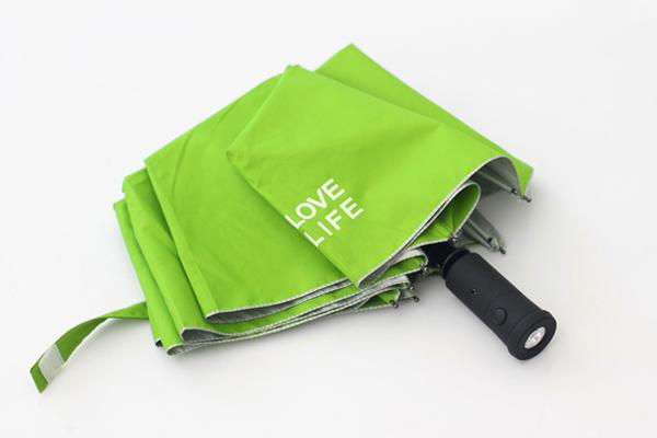 三折自动收开伞,手柄处加led灯设计; > 创意设计作品;; 折叠伞结构图