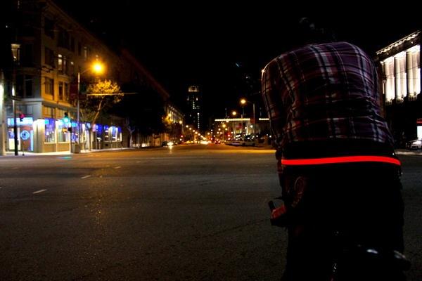 帅气十足的LED腰带(三)