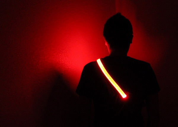 帅气十足的LED腰带(四)