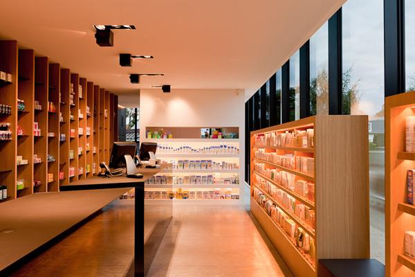 圣马尔滕斯的药店设计(七)