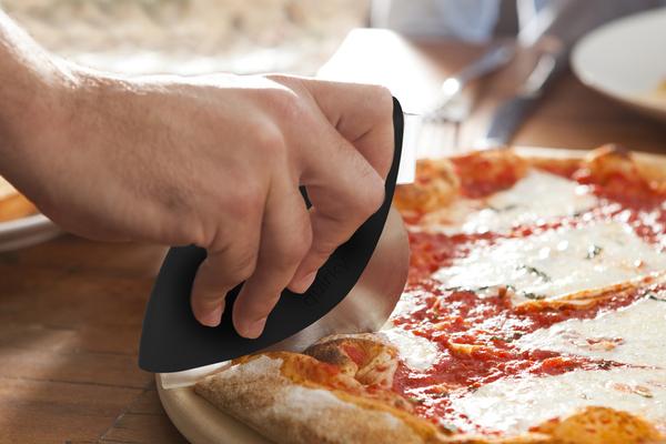 方便实用的披萨切割刀(五)