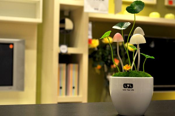 光控感应蘑菇小夜灯