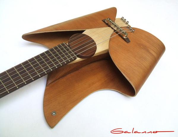 超酷叶片形状的吉他