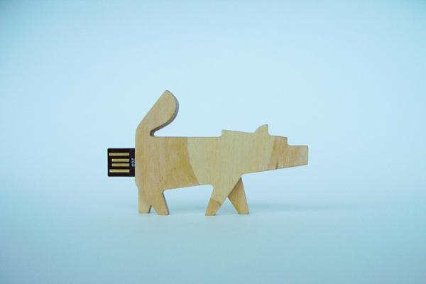 各种动物形状的闪存卡