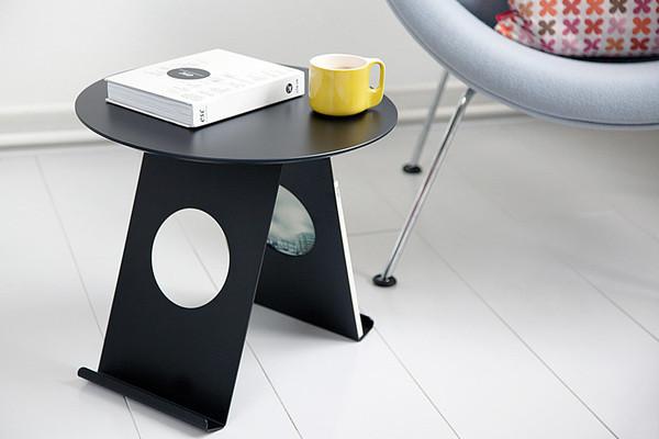 简约时尚可以放杂志的小桌子