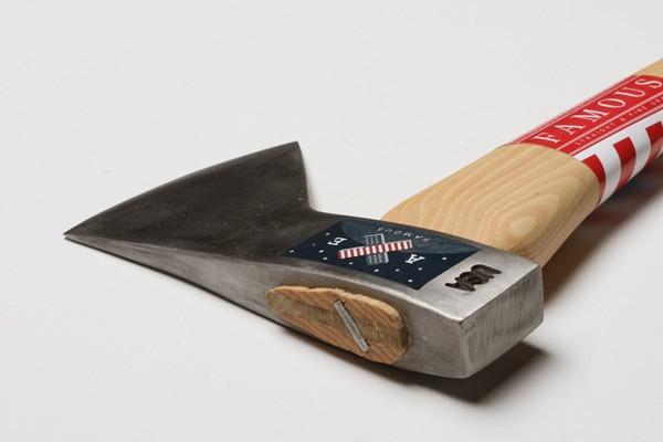 造型优雅的斧子(二)