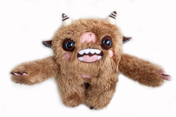 另类恐怖毛线娃娃