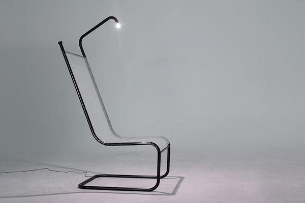 简单设计的 led 灯阅读椅子图片