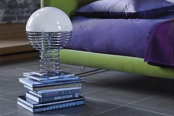 Wire lamp 创意铁丝台灯(二)