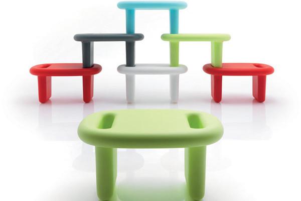 颜色绚丽的家具组(二)