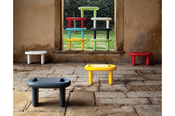 颜色绚丽的家具组(三)