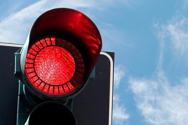 非常人性化的红绿灯设计