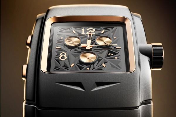很有机械感的一款时尚腕表