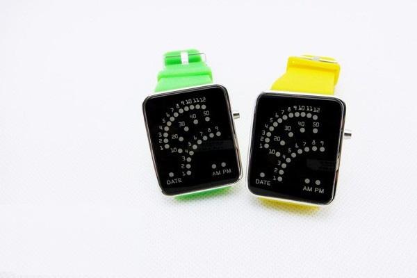 潮流创意LED扇形手表(二)