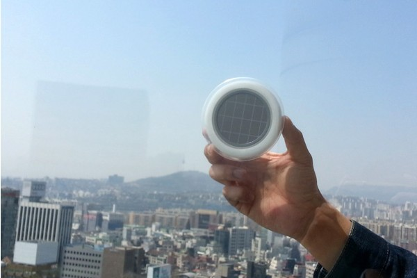 强大的窗口太阳能插座(四)