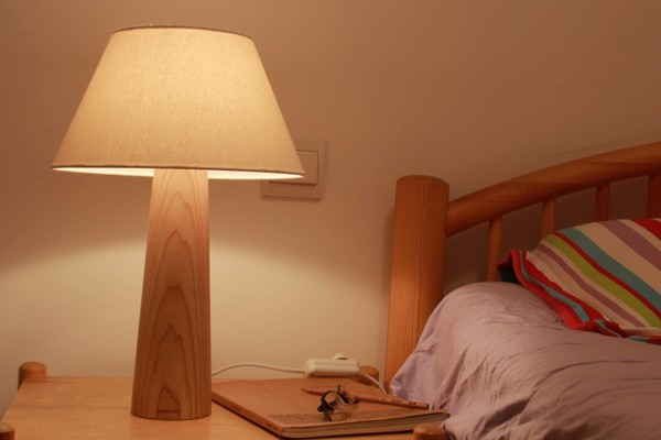 本来设计原创简洁台灯