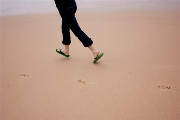 清凉绿色人造草鞋(五)
