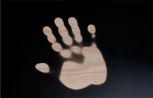 人过留痕的热敏木桌(四)