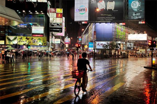 动人的雨中香港(二)