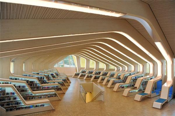 挪威有意思的图书馆