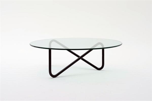 简约钢管玻璃桌