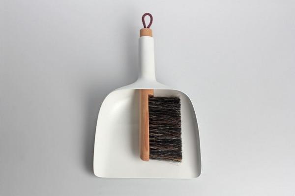 简约的扫帚簸箕组合(二)