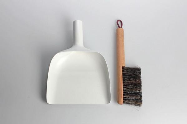 简约的扫帚簸箕组合(三)