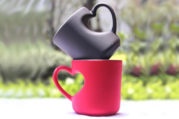 最有创意的生日礼物 - 爱心陶瓷杯