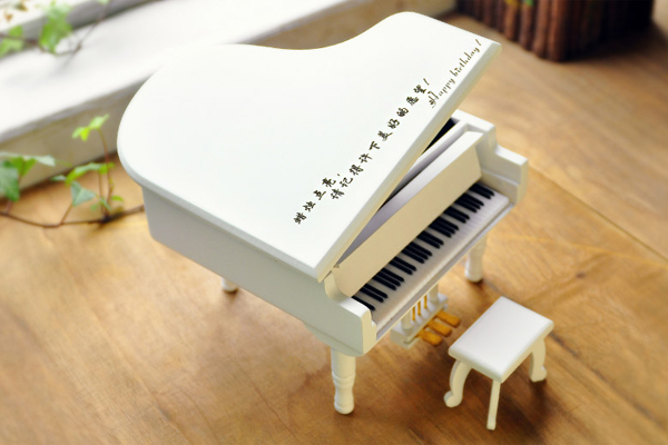 最有创意的生日礼物 - 钢琴音乐盒