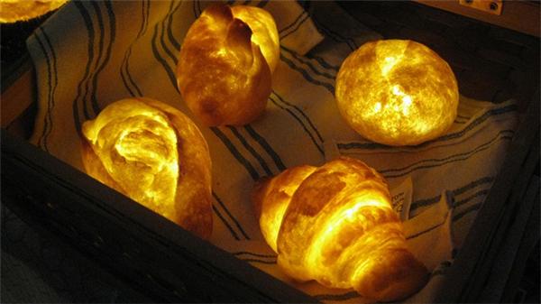 LED灯真实面包