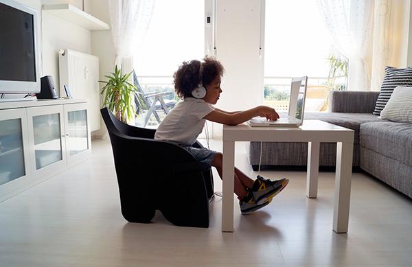 为儿童设计的有趣泡沫椅