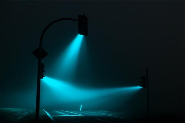 超酷的红绿灯摄影(四)