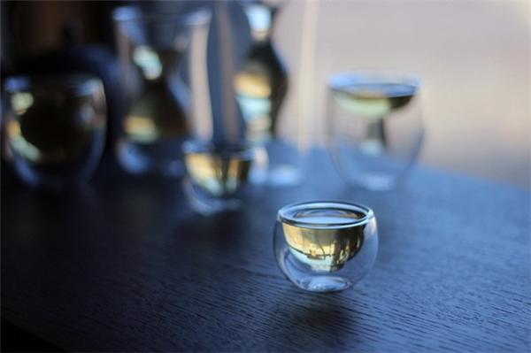 里外双层玻璃器具(二)