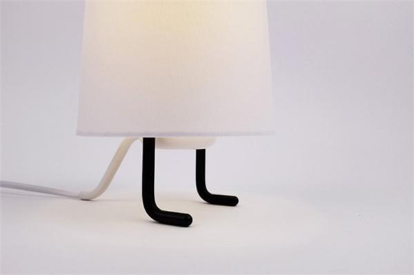 一款有趣的台灯设计(八)