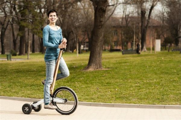创新型城市站立骑行车(三)