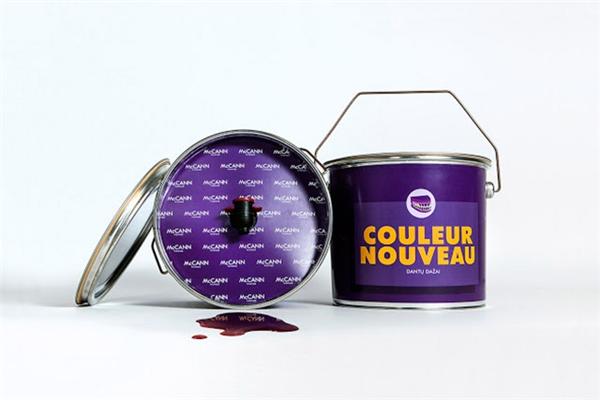 创意油漆桶红酒包装(三)